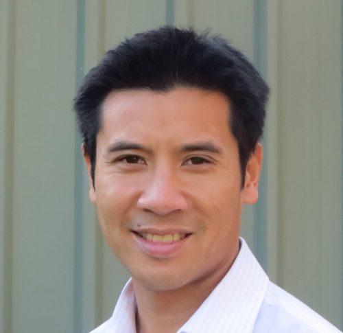Dr Michael Chen