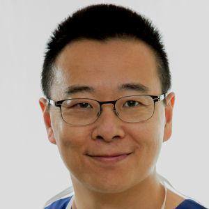 Dr Simon Chen