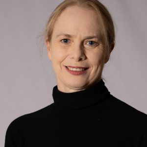 Dr Carolyn Ross